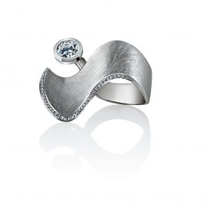 Ring Diamond Wave