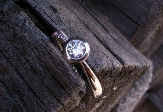 StephanieHenzler Verlobungsring STERNE 750 Weissgold mit Diamanten