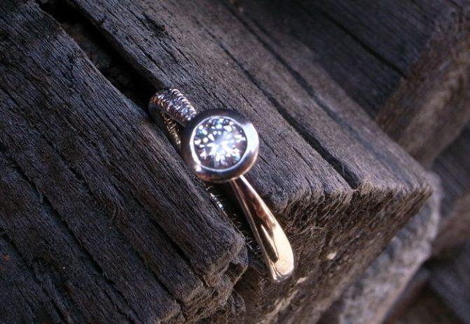 Verlobungsring STERNE 750 Weissgold mit Diamanten von Stephanie Henzler - Goldschmiede-Atelier