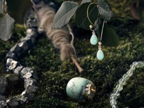 Ohrhänger Amazonit mit Süßwasserperle sowie RING 750 Roségold mit Chrysopras von Stephanie Henzler